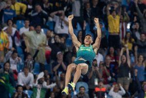 Thiago Braz brilha e conquista ouro inédito no salto com vara