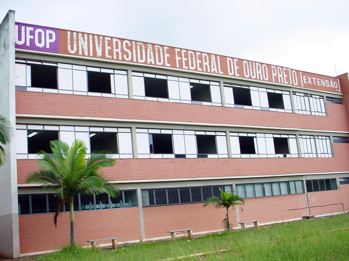 Universidades federais deverão ter corte de até 45% nos investimentos