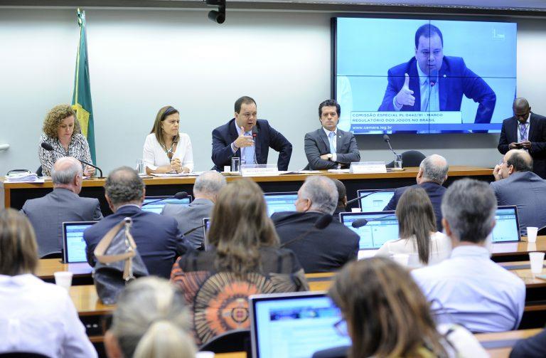Relator apresenta nova proposta para o Marco Regulatório dos Jogos no Brasil