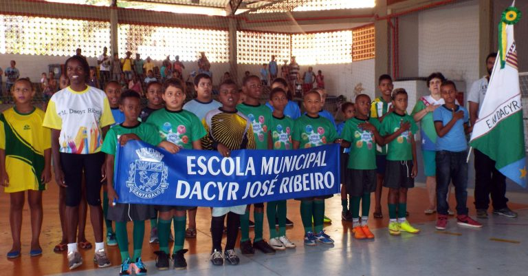 Escola Dacyr Ribeiro vence os IV Jogos das Escolas Municipais de Cantagalo