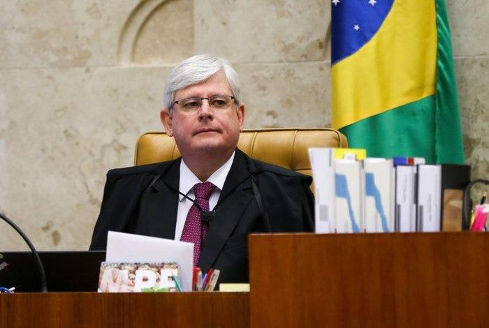 Janot ajuíza ação no Supremo em que pede suspensão da lei da terceirização