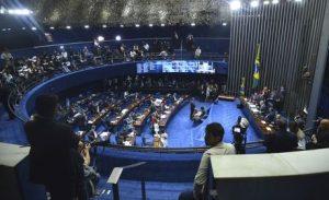 Senado aprova projeto que aumenta pena para crime de estupro coletivo