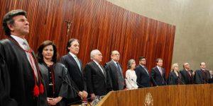 Luiz Fux toma posse na presidência do TSE