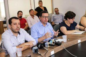 Prefeito Renato Bravo anuncia em entrevista coletiva mais dois nomes para compor o Comitê de Gestão da Saúde de Nova Friburgo
