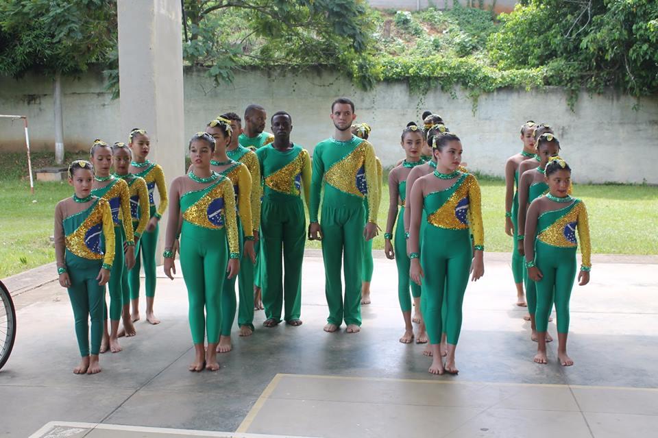 Secretaria de esportes e lazer de Macuco inaugura o projeto ginástica para todos