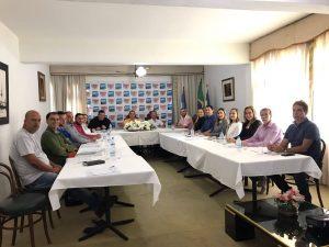 PREFEITO DE TRAJANO RODRIGO VIANA SE REÚNE COM SECRETÁRIOS