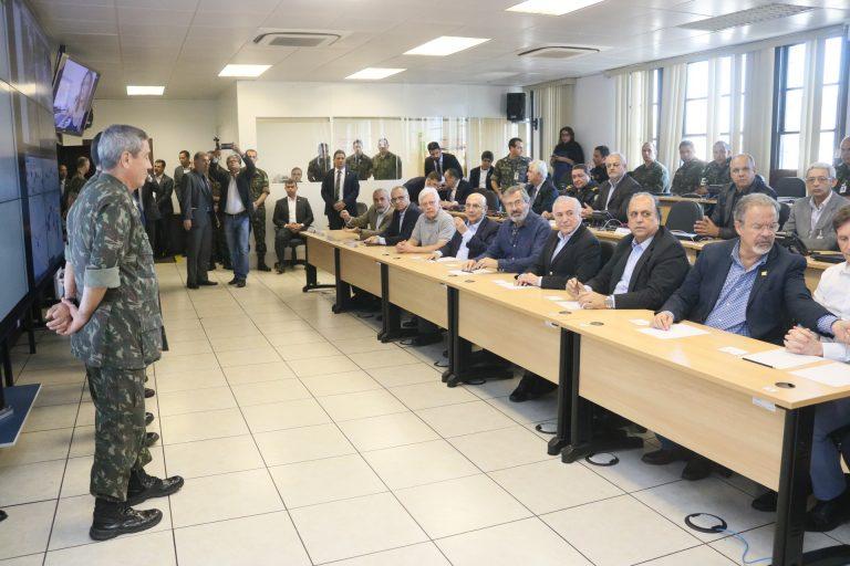 Presidente Temer se reúne com governador, no Rio, para balanço das operações de segurança