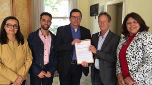 Prefeito Renato Bravo e presidente do Cecierj assinam termo de cooperação técnica que beneficiará milhares de estudantes de Nova Friburgo e região