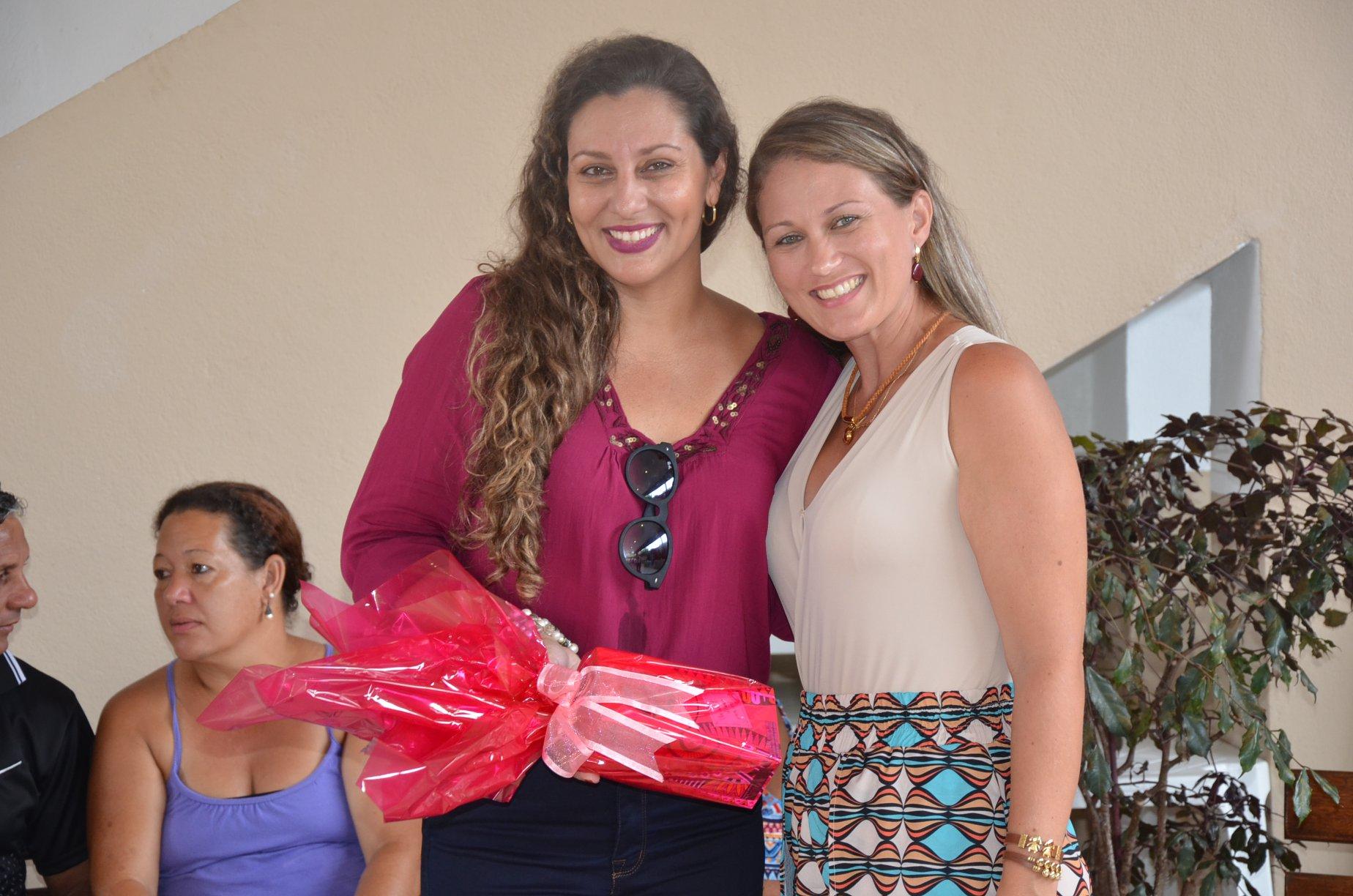 A Prefeitura de Macuco através da Secretaria de Trabalho Envelhecimento Saudável e da Juventude promoveram hoje,(08), uma festa em homenagem ao Dia Internacional da Mulher.