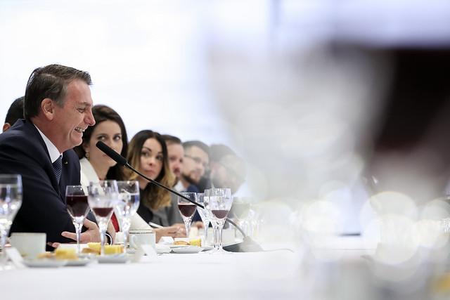 Para Bolsonaro, criminalização da homofobia prejudica homossexuais