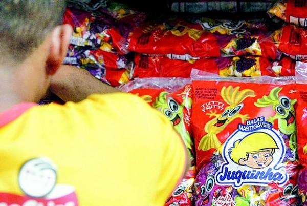Bala Juquinha volta e Rio receberá 50 toneladas por mês