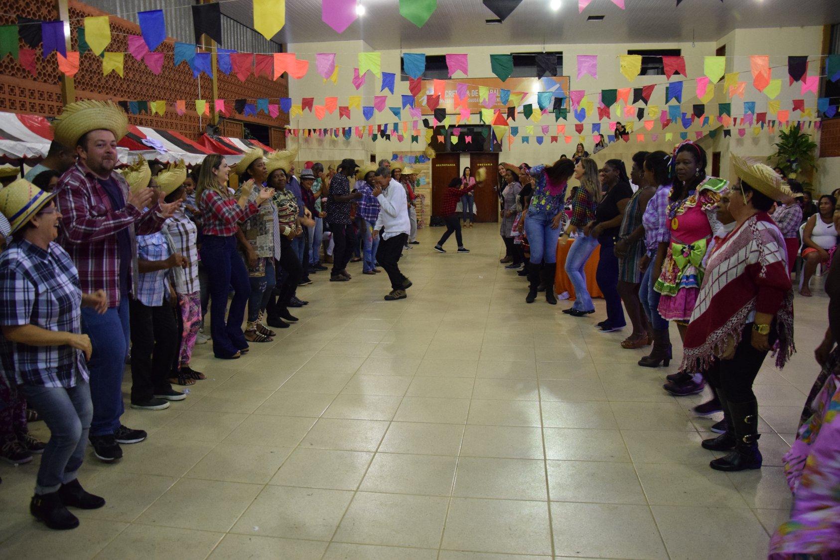 Arraia da Integração Social em Macuco