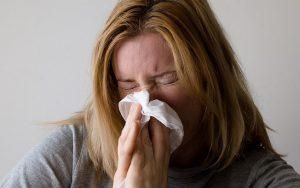 Primavera gera uma explosão de pólen e aumenta casos de rinite alérgica
