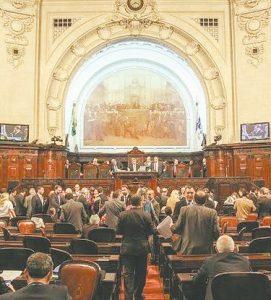 Projeto sobre calamidade pública recebe 57 emendas e sai de pauta na Alerj