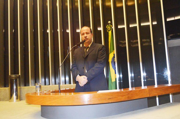 Prefeito Bruno Boaretto vai a Brasília em busca de mais recursos para o município de Macuco