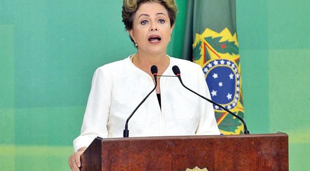 Impeachment é 'maior das brutalidades', afirma Dilma