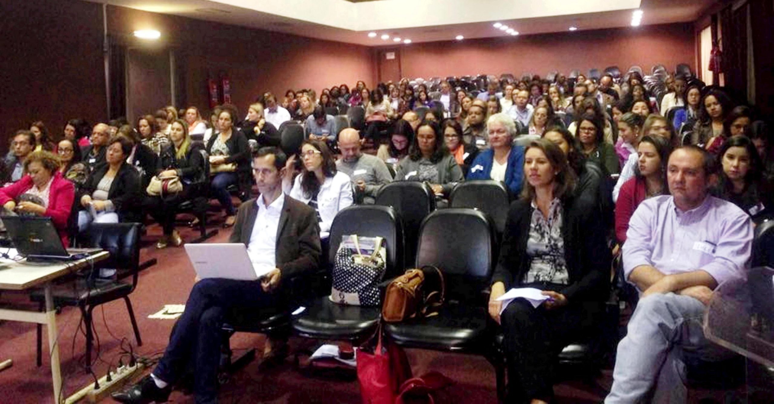 Saúde de Macuco marca presença no Fórum de Atenção Básica
