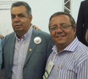 Prefeito de Macuco participa do Fórum de Valorização dos Municípios