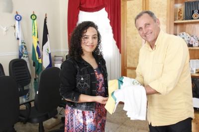 Estudante de Campo do Coelho recepcionará a Tocha Olímpica em Nova Friburgo
