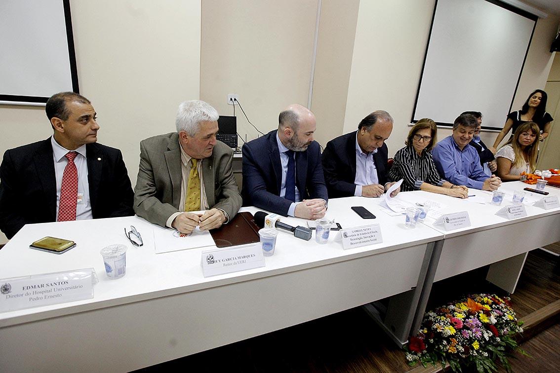 Loterj investe R$ 632 mil para equipar sala de transplantes de medula do Hupe