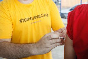 SES realiza Dia D e alerta para baixa procura pela vacina contra febre amarela