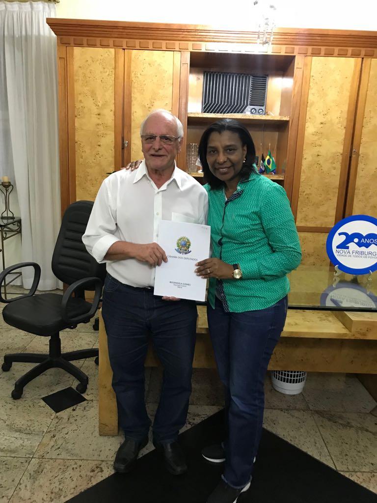 Macuco, Duas Barras e Nova Friburgo recebem recurso parlamentar da deputada Rosangela Gomes