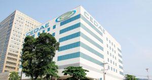 Prefeituras precisam ser ouvidas sobre venda da Cedae, declara Crivella