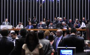 Governo avalia que teve apoio expressivo em votação da PEC dos gastos públicos