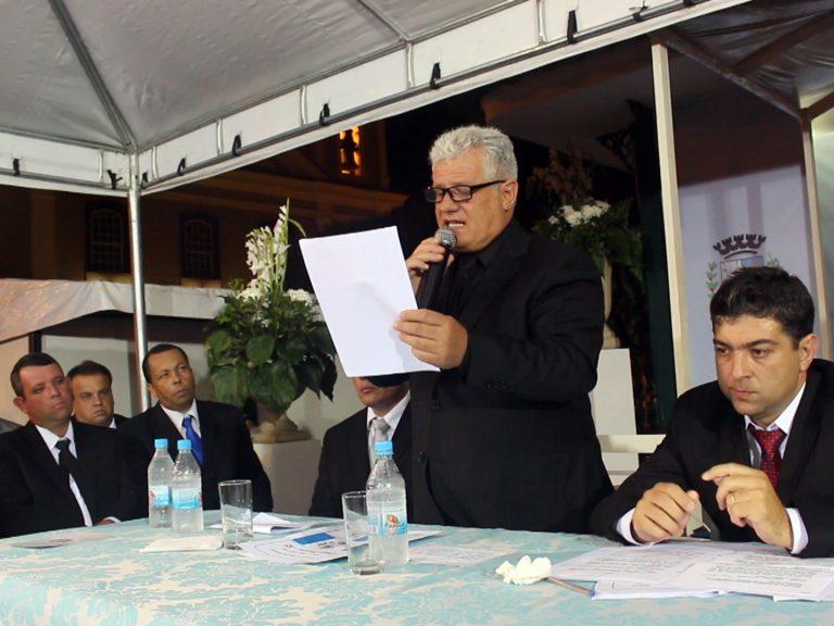 Luiz Carlos assume Duas Barras, promete competência e entrosamento nas secretarias e diz que irá apoiar e valorizar o servidor público