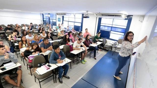 IBGE abre inscrições de concurso com 24.984 vagas temporárias