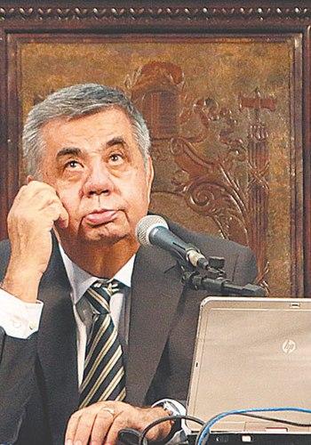 'Eles perderam o controle', afirma Picciani sobre invasão na Alerj