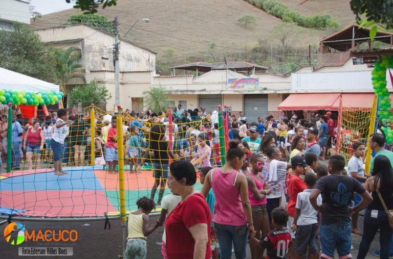 Secretaria de Educação realiza festa em homenagem ao dia das crianças.