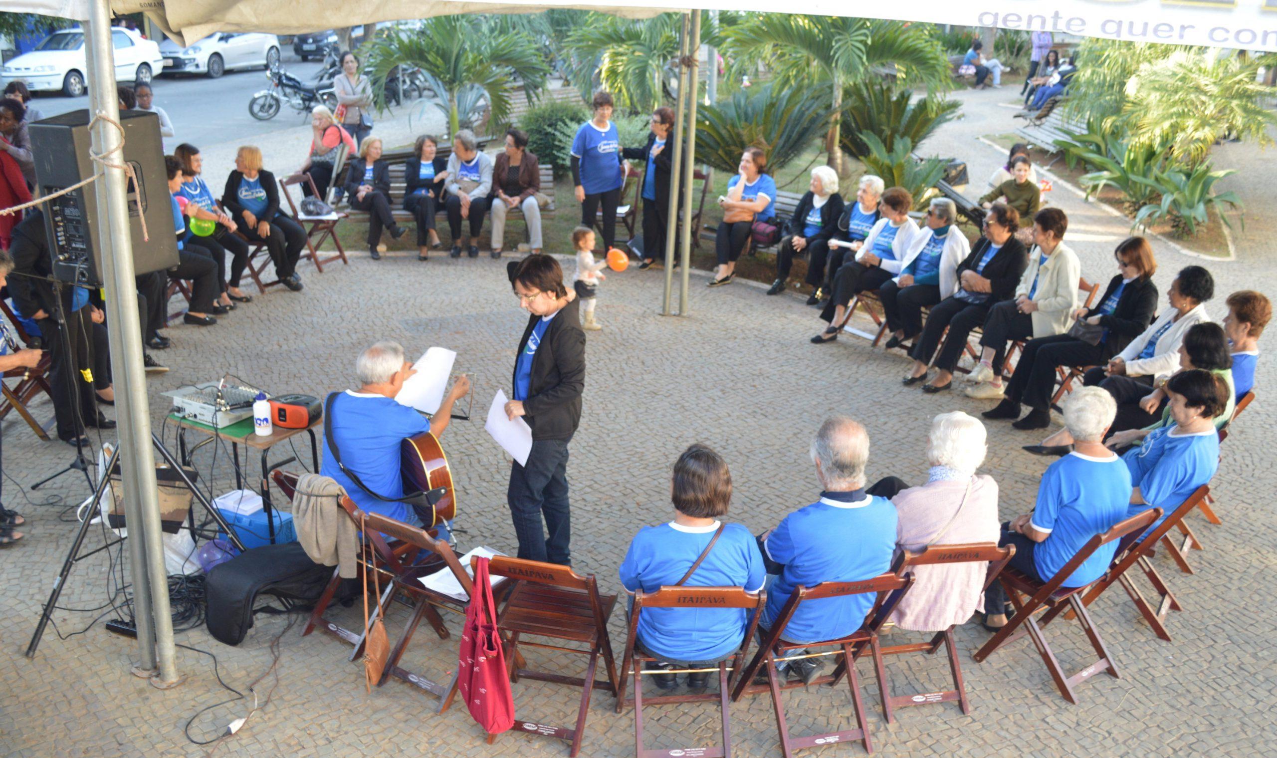 """Jovens de Ontem realizam encontro no """"Dia de Combate à violência contra a Pessoa Idosa"""""""