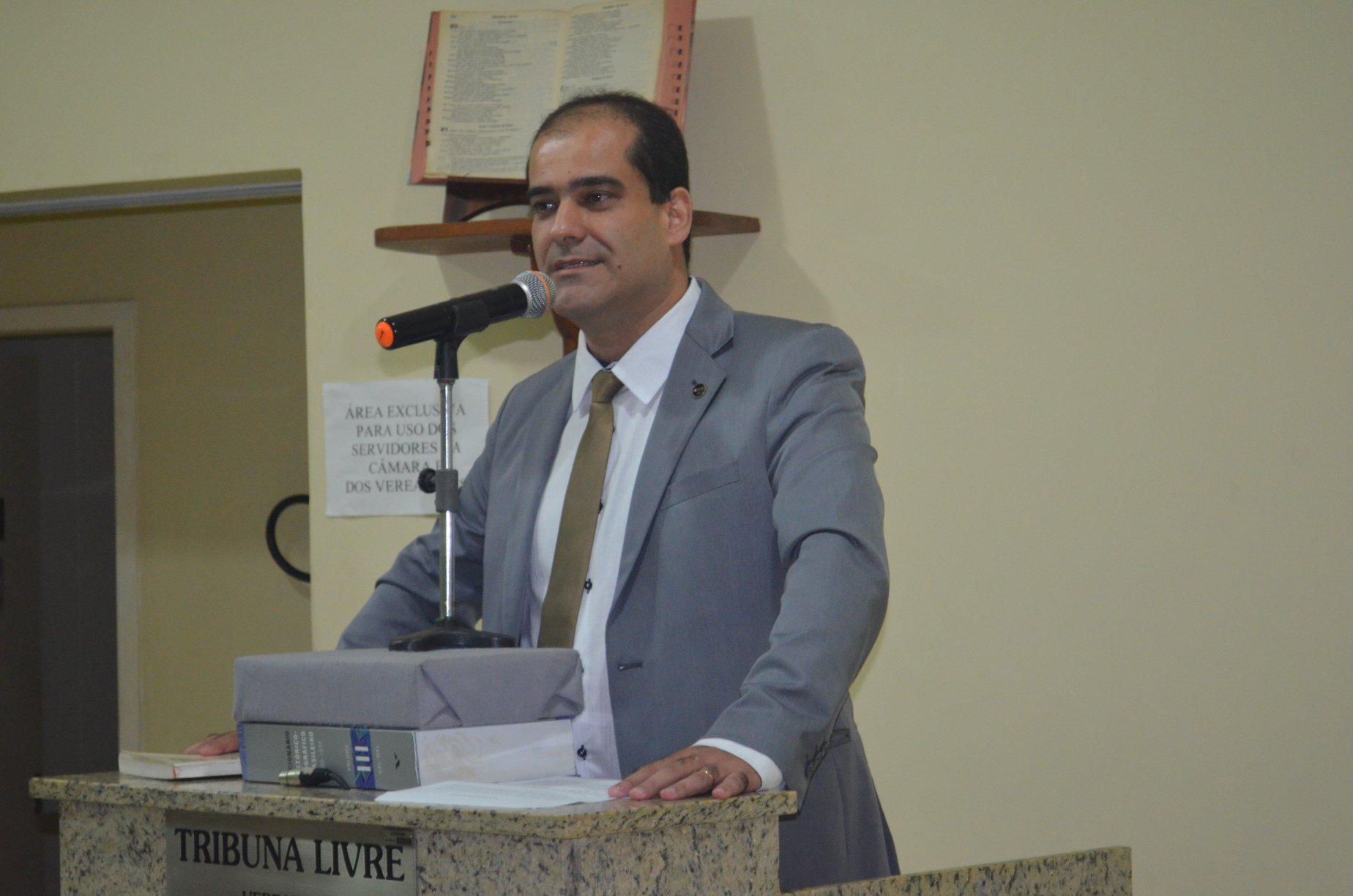 Legislador Cordeirense Pablo Sergio solicitou a implantação de trevo com sinalização no Largo Antônio Sant´anna Moreira Maia.