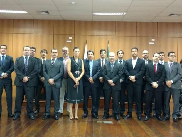 Ato de desagravo a juízes de Campos, reúne 80 pessoas