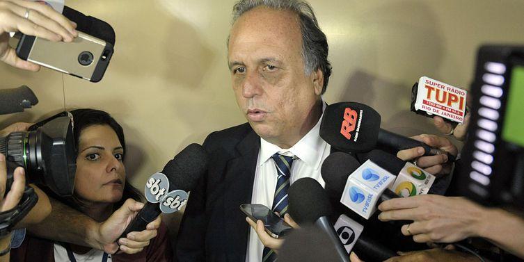 TRE-RJ cassa mandato do governador Pezão e de seu vice