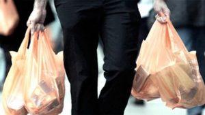 Proibição de sacolas plásticas em supermercados do RJ começa a valer