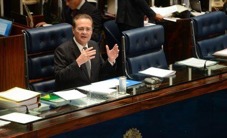 Após divulgação de conversas, Renan diz que diálogos não têm a ver com Lava Jato
