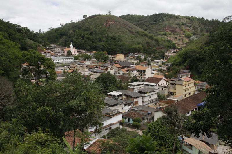 Prefeito de São Sebastião do Alto Tavinho Rodrigues encaminha projeto de Lei decretando calamidade financeira