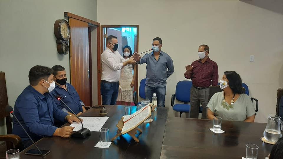 Prefeito e vereadores de São Sebastião do Alto tomam posse; veja lista de eleitos