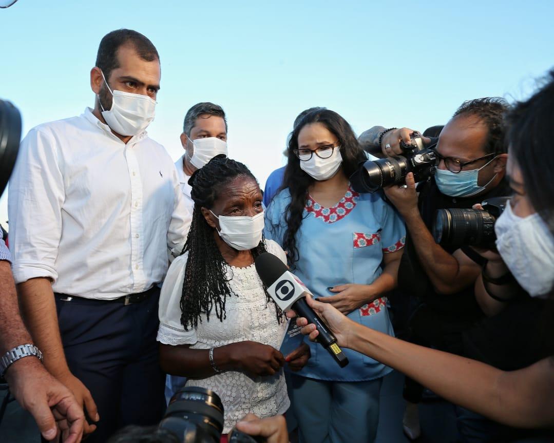 """""""Início da vacinação contra Covid-19 no interior é um marco da vida"""", afirma Bruno Dauaire"""