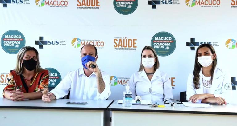 Em live, prefeito presta esclarecimentos sobre a vacina