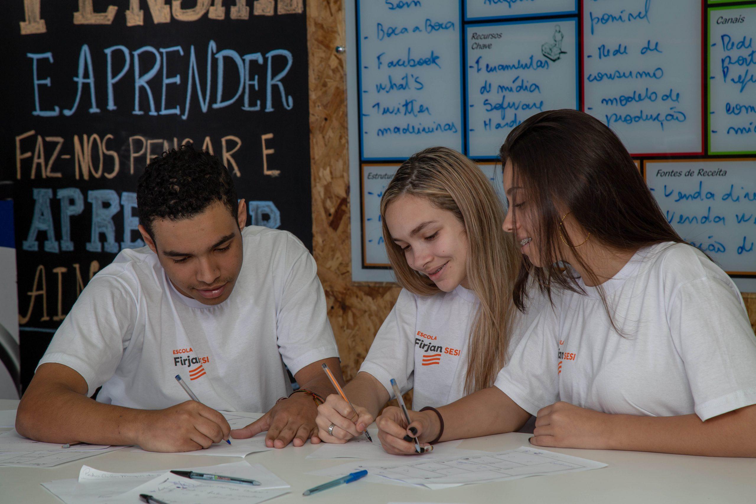 Escola Firjan SESI abre 350 vagas gratuitas para curso Pré-Enem na Região Serrana