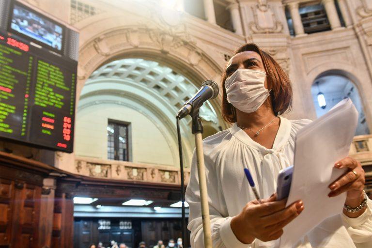 TREINAMENTO DE PRIMEIROS SOCORROS A PAIS DE RECÉM-NASCIDOS PODE SER OBRIGATÓRIO EM HOSPITAIS